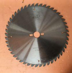 Пильный диск отрезной Pilana 300x30x3.2 Z=48 W